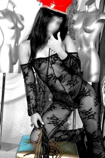 Mistress Laura  SAINT-VINCENT 3512601143